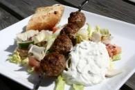 Græske kødboller på spyd